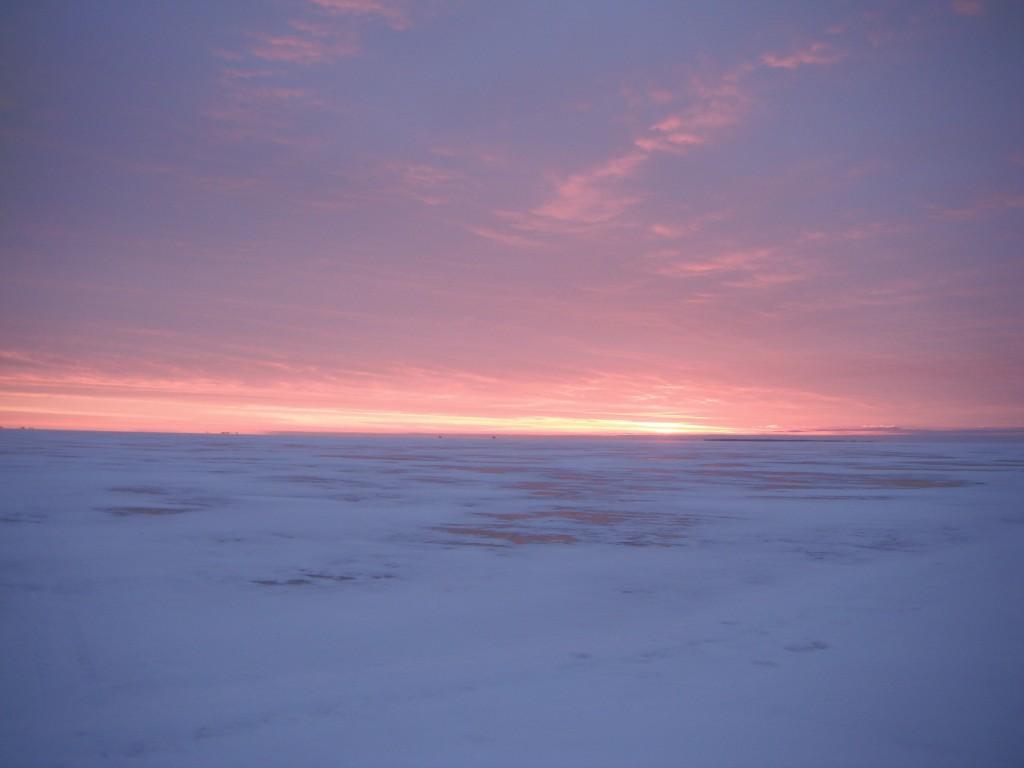 DSCF8041 1024x768 On the ice, in the dark