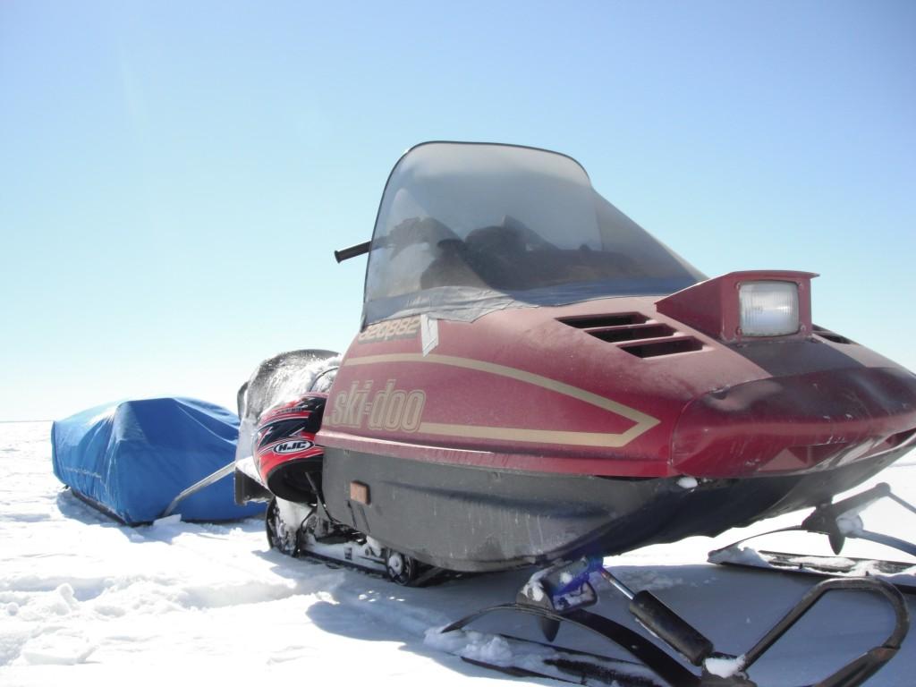 DSCF8066 1024x768 On the ice, in the dark