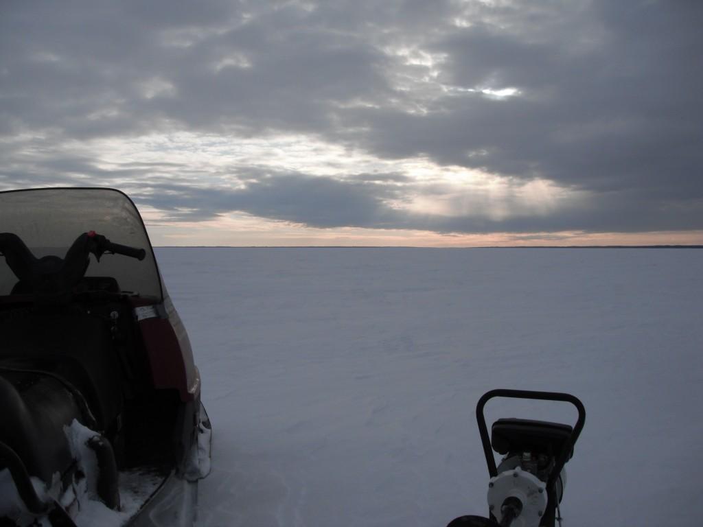 DSCF8085 1024x768 On the ice, in the dark