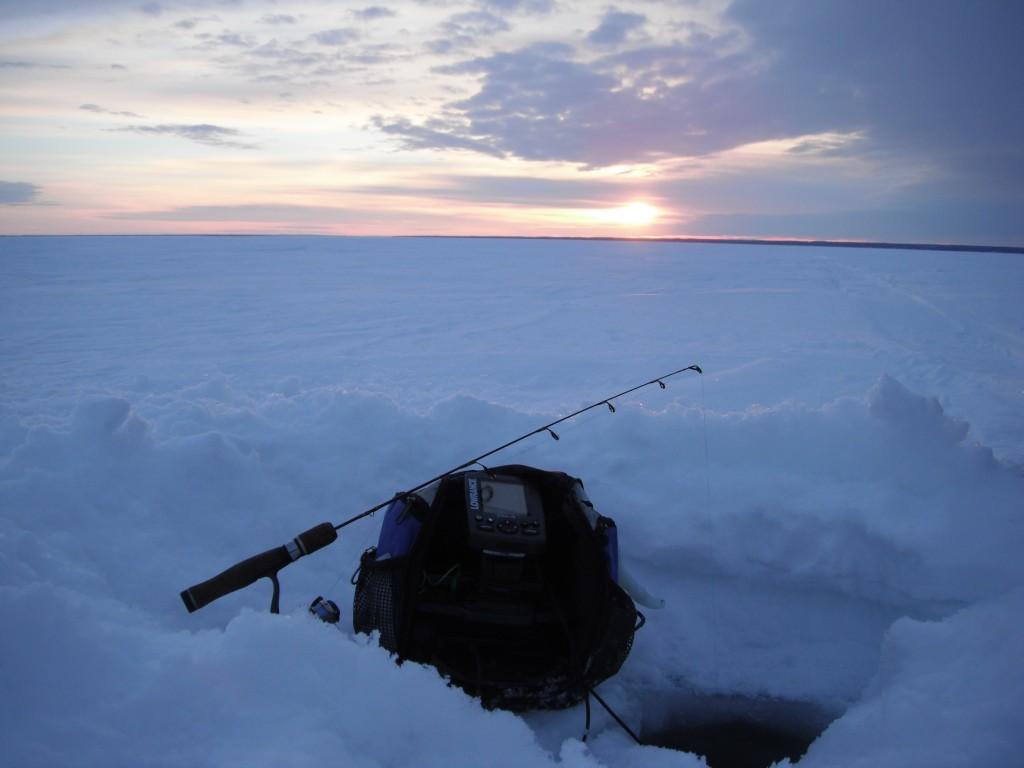 DSCF8094 1024x768 On the ice, in the dark