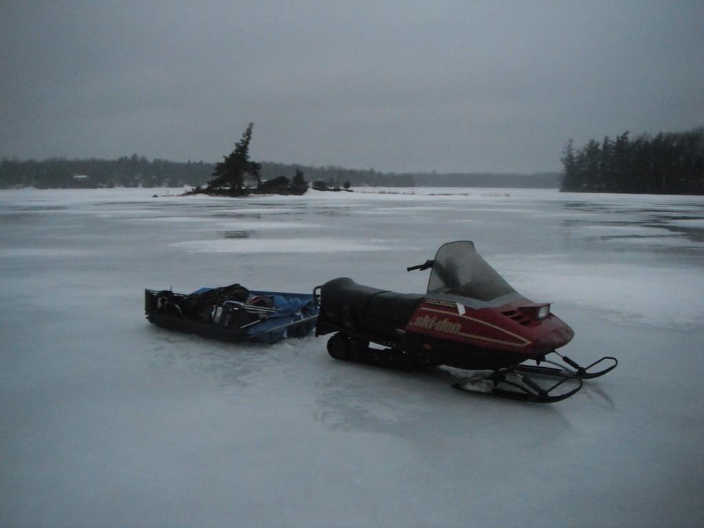 DSCF8204 1024x768 On the ice, in the dark
